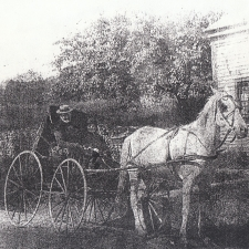 horse-and-buggy-circa-1890s